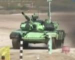 """世界坦克大赛 坦克卖萌""""跳芭蕾"""""""