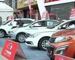 宜昌市民挤爆广电车展 首日销量超400台