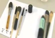 韩国媒体:清洁不当 化妆工具比马桶还脏