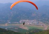 秭归:滑翔伞旅游为脱贫插上腾飞的翅膀