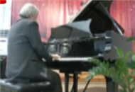 """""""长江""""钢琴:音乐让生活更美好"""