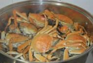 长阳男子头痛半月不愈 竟是螃蟹惹的祸