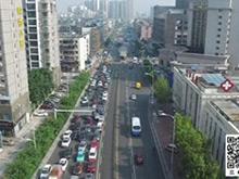 西陵二路快速路中段封闭 车辆按指示行驶