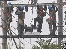 宜昌BRT夜明珠段电缆下地工程加紧施工